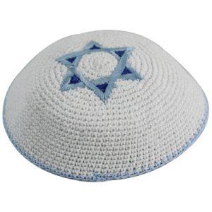 כיפה סרוגה מגן דוד תכלת וכחול 17 סמ
